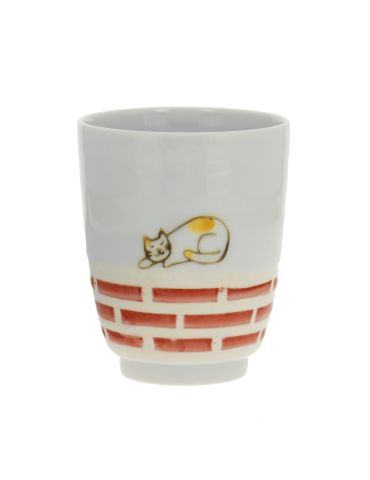 Tasse Chat sur le Mur Rouge