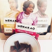 Nouvel arrivage de chocolat 🍫 ! Venez déguster le meilleur chocolat du monde 😉 #menakao #madagascar #fevedecacao #gourmandise #chocolat